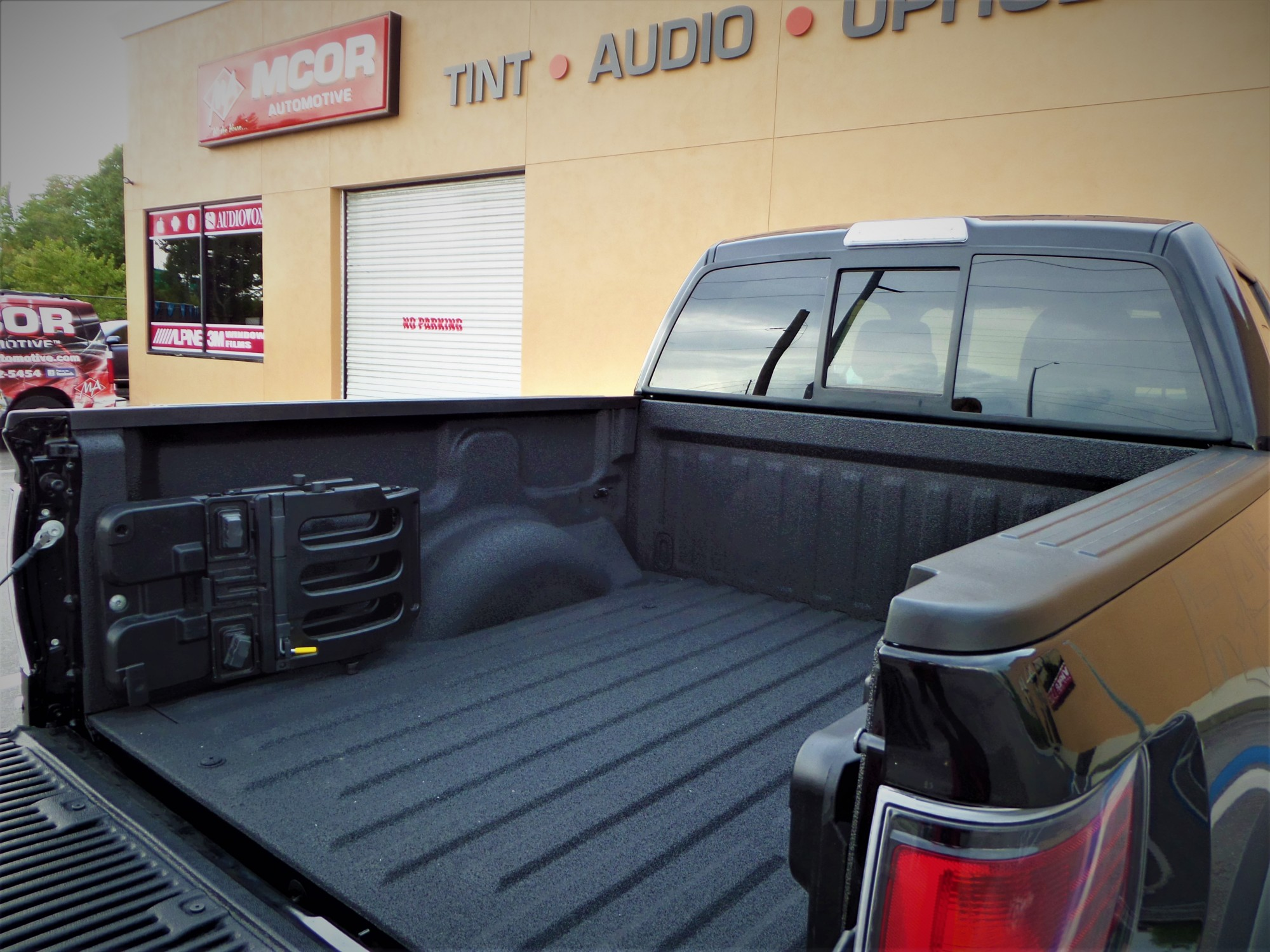 Rhino Truck Bed Liner >> Tampa Bay S Premier Provider Of Rhino Linings Spray In